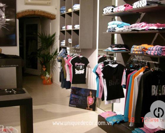 Thiết kế nội thất showroom thời trang có diện tích nhỏ